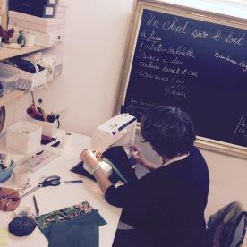 Créations textiles, accessoires de mode et pour la maison à partir de textiles vintages et recyclés.